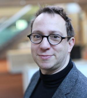 Dr Marcel van Ackeren